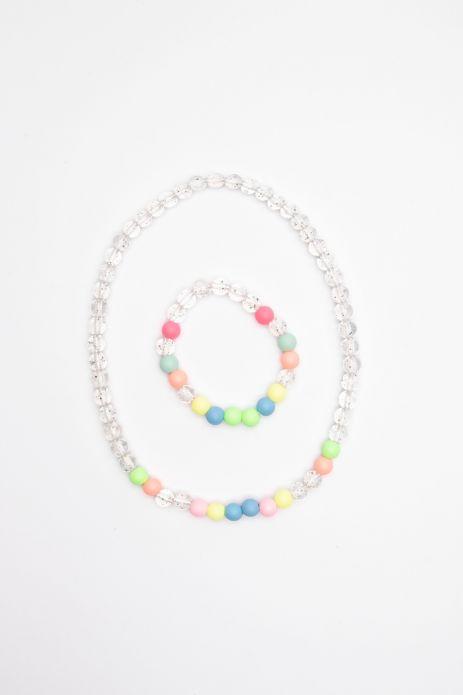 Halskette mit einem Armband