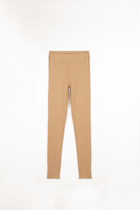 Leggings mit langen Hosenbeinen