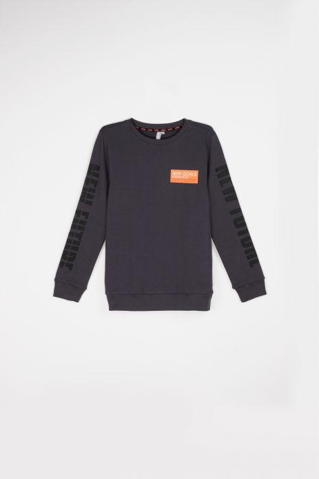 Das Sweatshirt ist nicht abnehmbar